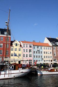 Hotspots Kopenhagen en Kopenhagen tips. Leuke restaurants, cafés en leuke plekken om te eten in Kopenhagen.