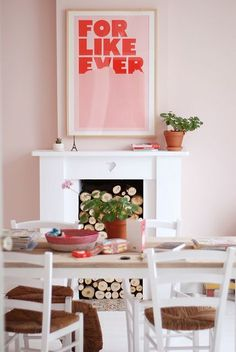 """""""For Like Ever"""" poster and great pink wall !"""