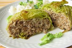 Recette de Chou farci : la meilleure recette Healthy Breakfast Potatoes, Sausage Meat Recipes, Traditional French Recipes, Great British Chefs, Canadian Food, Canadian Recipes, Cooking Recipes, Healthy Recipes, Cabbage Recipes
