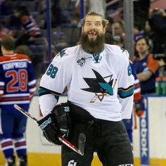 San Jose Sharks Brent Burns is the Wookie you don't want to mess with! Nhl Hockey Jerseys, Hockey Players, Pittsburgh Penguins Stanley Cup, Brent Burns, Hockey Season, San Jose Sharks, Big Men, Ice Hockey, Sports Logos