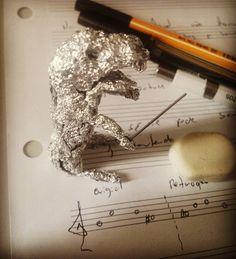 During Music History Classes.... sometimes boring....  #college #music #musician #musicianlife #history #class #boring #creative ##student #guitar #guitarrist #femaleguitarist #guitargirl #sheet #sheetmusic #pen #pencil #art kkkkk #sculpture #maestro #dino #dinossauro  by monique.martinelli