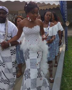from Melissa bride Source by ndmartey African Prom Dresses, Latest African Fashion Dresses, African Print Fashion, African Dress, African Wedding Attire, African Attire, Kente Dress, Traditional Wedding Attire, African Blouses
