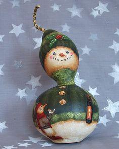 Holly, gourde de bonhomme de neige, peints, 10 1/2 pouces de hauteur à la main