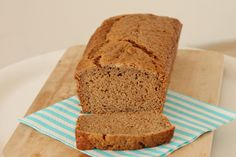 ontbijtkoek (6) Sugar Free Bread, Healthy Snacks, Healthy Recipes, No Bake Pies, Breakfast Cake, What To Cook, Superfood, Cake Cookies, Food For Thought