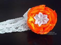 Ellys Shop: Bentita floare portocalie si alba, cu stras, lucra... Band, Rose, Handmade, Fimo, Sash, Pink, Hand Made, Ribbon, Bands