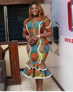 ankara stil 35 Latest Ankara Styles for skirt and blouse in Fashion 2020 African Fashion Ankara, Latest African Fashion Dresses, African Dresses For Women, African Print Dresses, African Print Fashion, Africa Fashion, African Attire, African Dress Designs, African Women Fashion