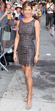 Jennifer Aniston in black & white tweed dress + grey suede peep toe pumps Jennifer Aniston Style, Jeniffer Aniston, Tweed Dress, Fashion Mode, Beautiful Celebrities, Ikon, Celebrity Style, Celebs, Celebrities Hair
