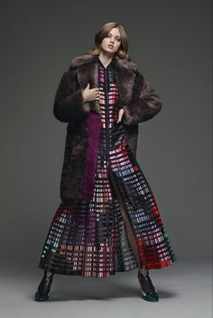 Fendi Pre-Fall 2015 Fashion Show - Lindsey Wixson