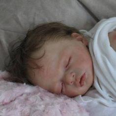 Natali-Blick-Reborn-Baby-Doll-Doves-Nursery-Julietta-Asleep  --  Used  ***************************