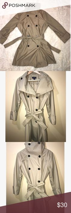 Land's End Funnel Neck Rain Jacket This beautiful Land's End tan rain jacket is a medium. The shell and lining are both 100% Polyester. There's an extra button still available, as this jacket is like new! Very classy piece and can be used year round! Land's End Jackets & Coats