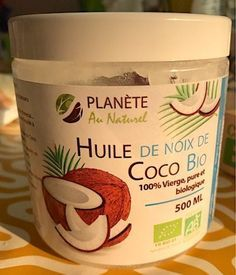 10 incredible benefits of coconut oil for hair and skin. Coconut Oil Hair Growth, Hair Growth Oil, Huile Coco Bio, Oil For Hair Loss, Benefits Of Coconut Oil, Anti Cellulite, Beauty Essentials, Body Care, Health And Beauty
