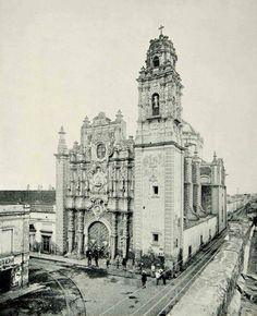 Iglesia de la Santísima, Ciudad de México.