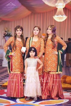 Nice dresses fpr mehndi function Pakistani Bridal Wear, Pakistani Wedding Dresses, Bridal Dresses, Pakistani Mehndi Dress, Ropa Pakistani, Party Wear Dresses, Pakistani Outfits, Bridesmaid Dresses, Pakistani Couture