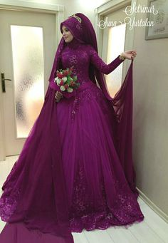 dresses indian for teens Wedding Hijab Styles, Muslim Wedding Dresses, Pakistani Bridal Dresses, Bridal Wedding Dresses, Wedding Cakes, Indian Muslim Bride, Muslim Brides, Muslim Couples, Prom Dresses For Teens