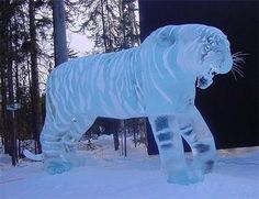 tiger ice sculpture Snow And Ice, Fire And Ice, Snow Sculptures, Sculpture Art, Wooden Sculptures, Frozen Art, Ice Art, Ice Castles, Snow Art