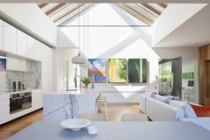 Victorian Terrace House by Matt Gibson 1 Raked ceiling Victorian Terrace House, Courtyard House, Terraced House, Raked Ceiling, Tuscan Bathroom, Patio Central, Interior And Exterior, Interior Design, Interior Ideas