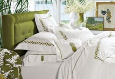 pineapple accent pillow - huge fan of the pineapple which is the international symbol of hospitality