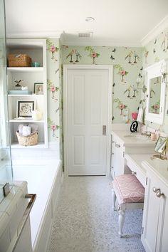 penny tile, Nina campbell perroquet wallpaper