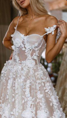 Lace Wedding Dress, Dream Wedding Dresses, Bridal Dresses, Unique Wedding Dress, Applique Wedding Dress, Prettiest Wedding Dress, Wedding Dresses With Color, Wedding Dress Long Train, After Wedding Dress
