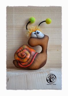 """Shaman's Wood: Кофейная улитка """"Осень"""" Doll Painting, Sewing Toys, Soft Dolls, Spring Crafts, Mom And Baby, Handmade Toys, Plushies, Puppets, Snails"""