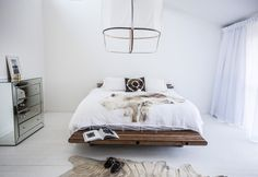 "PG Hawaiian Bed ""Sunday Sanctuary - My House For Elle Magazine : Oracle Fox"" Cosy Bedroom, Home Decor Bedroom, White Bedroom, Best Interior, Home Interior, Blogger Home, Interior Design Inspiration, Bedroom Inspiration, Home And Living"