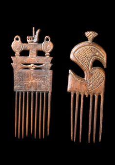 Combs from the Ashanti people of Ghana Ghana Culture, African Culture, African Tribes, African Art, Ghana Art, Ashanti People, Afro Comb, Tribal Hair, Arte Tribal