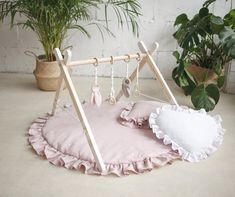 Boho Nursery, Nursery Decor, Nursery Ideas, Bebe Gym, Natural Nursery, Natural Baby, Natural Linen, Baby Activity Gym, Childrens Rugs