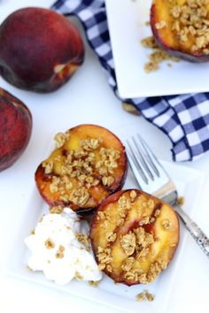 Grilled Peaches with honey and granola