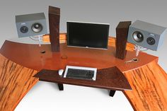 the-ultimate-computer-desk-Jacquelyn-Smith-perfect45degree copy by perfect45degreegallery, via Flickr