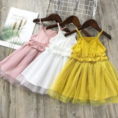 Dresses For Kids – Lady Dress Designs Spring Dresses Casual, Girls Summer Outfits, Kids Outfits, Baby Girl Fashion, Kids Fashion, Little Girl Dresses, Girls Dresses, Dress Anak, Kids Lehenga