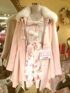 kawaii outfit for winter Pastel Fashion, Kawaii Fashion, Lolita Fashion, Cute Fashion, Look Fashion, Girl Fashion, Fashion Outfits, Fashion Brand, Japanese Fashion