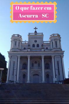 Um dos pontos turísticos de Ascurra, é Igreja Matriz de Santo Ambrósio que foi inaugurada em 1912 depois de conflitos entre os padres Salesianos e Franciscanos.