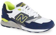 premium selection 4ed26 ab34d The 10 Trendiest Sneakers for Men This Season