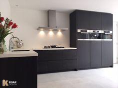 Koak Design makes real oak doors for IKEA kitchen cabinets. Koak + IKEA = your design! Kitchen Flooring, Kitchen Cabinets, Small U Shaped Kitchens, Contemporary Kitchen Design, Home Kitchens, Ikea Kitchens, Beautiful Kitchens, Kitchen Interior, Kitchen Remodel