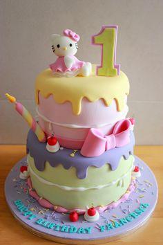 Hello Kitty Cake l Kiara`s cakes