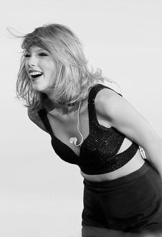 Happiness is... Taylor Swift!