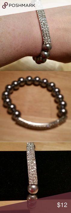 Glass pearl and crystal bracelet Handmade gray glass pearl and crystal bracelet Jewelry Bracelets