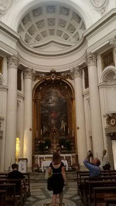 De eerst bezochte kerk, de San Carlino. Het is een kleine, maar mooie kerk. Deze kerk is ontworpen door Francesco Borromini.