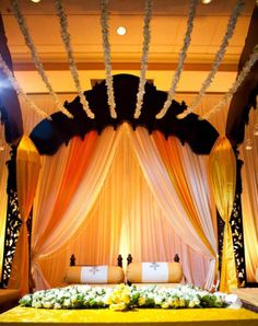 Bengali Wedding Guide: Gaye Holud or Turmeric on the Body Stage Decoration Idea