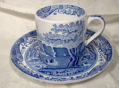 Spode Italian Blue Demitasse Cups and Saucers 1970s Espresso
