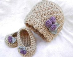 crochet+appliques+for+baby+girl+blankets | baby girl crochet hat and booties s et hat and ballet flats hat and ...