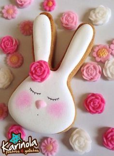 Love this sweet bunny! Fancy Cookies, Cute Cookies, Holiday Cookies, Cupcake Cookies, Sugar Cookies, Easter Cupcakes, Easter Cookies, Easter Biscuits, Cookie Frosting
