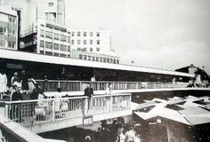 """""""To his left, a row of shops on a raised concrete gantry overlooked the market… Birmingham Bull Ring, Classic Building, Walsall, Birmingham England, England And Scotland, Old Buildings, Best Cities, Back In The Day, Old Photos"""