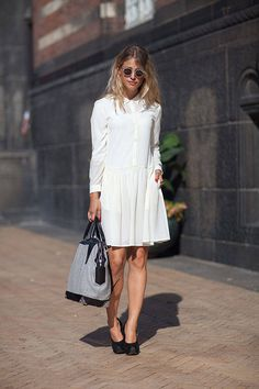 Street Style Spring Copenhagen Fashion Week - white dress and black heels Fashion Articles, Fashion News, Fashion Models, Fashion Trends, Street Fashion, Copenhagen Street Style, Copenhagen Fashion Week, Street Style Chic, Spring Street Style