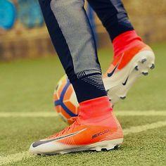 Soccer Boots, Football Shoes, Nike Football, Football Cleats, Nike Soccer, Play Soccer, Cristiano Ronaldo Cleats, Superfly Soccer Cleats, Nike Boots