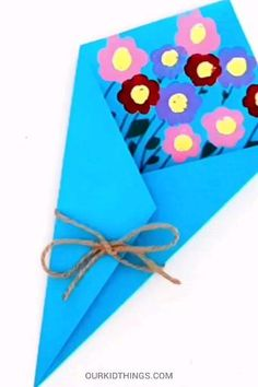 Mothers Day Crafts For Kids Discover Mothers Day Fingerprint Flower Bouquet Mothers Day is the perfect occasion for handmade gifts like this Mothers Day Fingerprint Flower Bouquet Craft with bright flowers made from fingerprints. Diy Mother's Day Crafts, Mother's Day Diy, Spring Crafts, Yarn Crafts, Cardboard Crafts, Wooden Crafts, Mothers Day Crafts For Kids, Mothers Day Cards, Diy For Kids