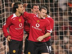 Ruud Van Nistelrooy, Wayne Rooney, Manchester United, The Unit, Football, Sports, Jackets, Soccer, Hs Sports