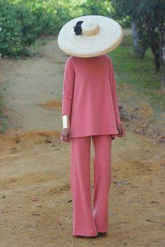 La elegancia máxima. Calidad de tejido impresionante, monocolor, sencillez, completo oro viejo #invitada10