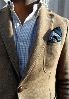tan gingham shirt + blazer/jacket thing + pocket square ... i shall recreate this look
