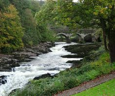 Special feature: Sheen Falls Lodge, Kenmare, Ireland http://www.aluxurytravelblog.com/2013/11/04/special-feature-sheen-falls-lodge-kenmare-ireland/